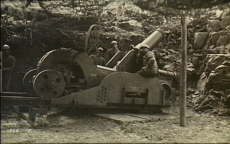 Italian_Heavy_Mortar_WWI_AWM_H05110.jpeg
