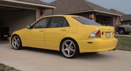 File:Lexus IS300.JPG - Wikimedia Commons