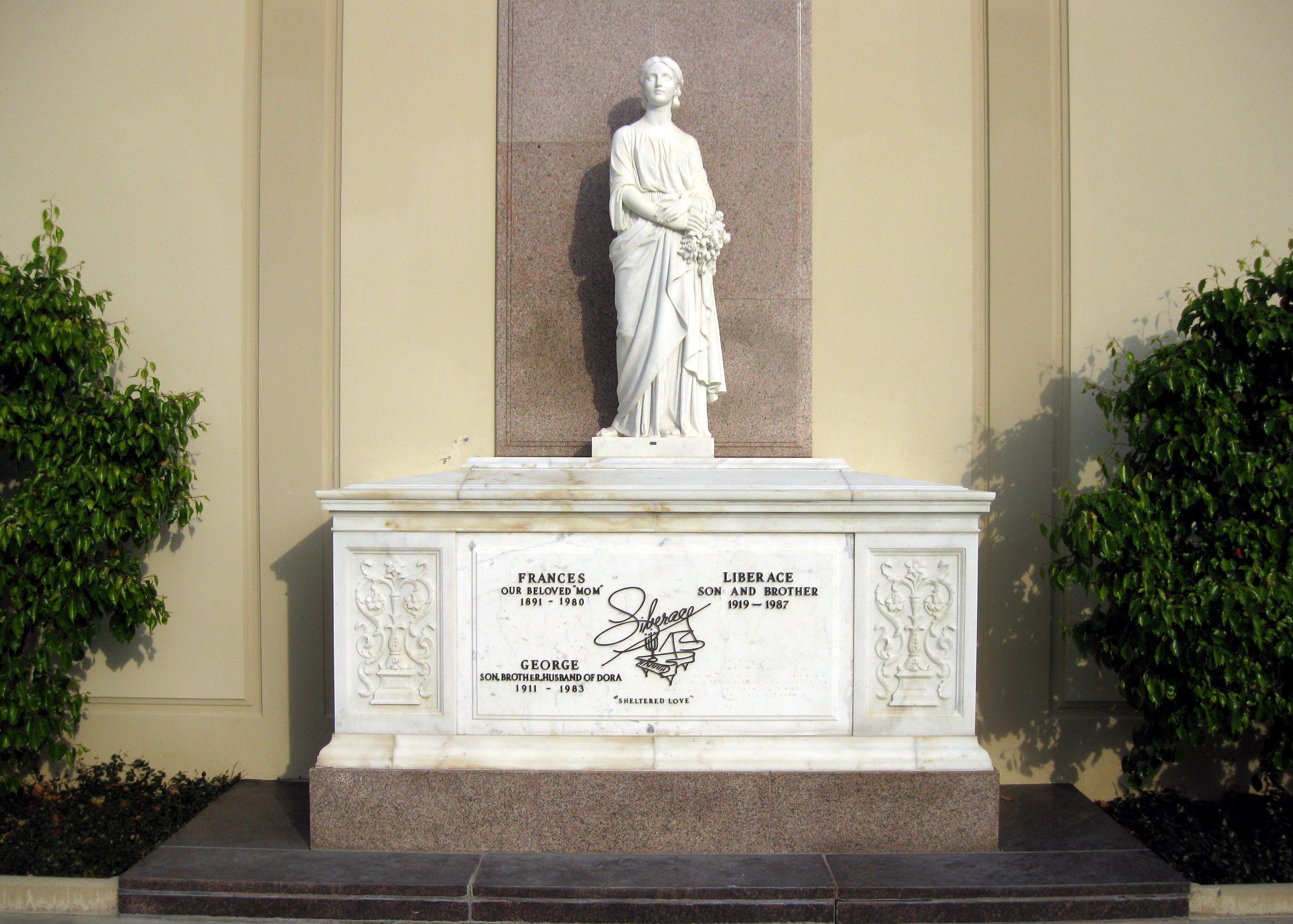 Grab von Liberace