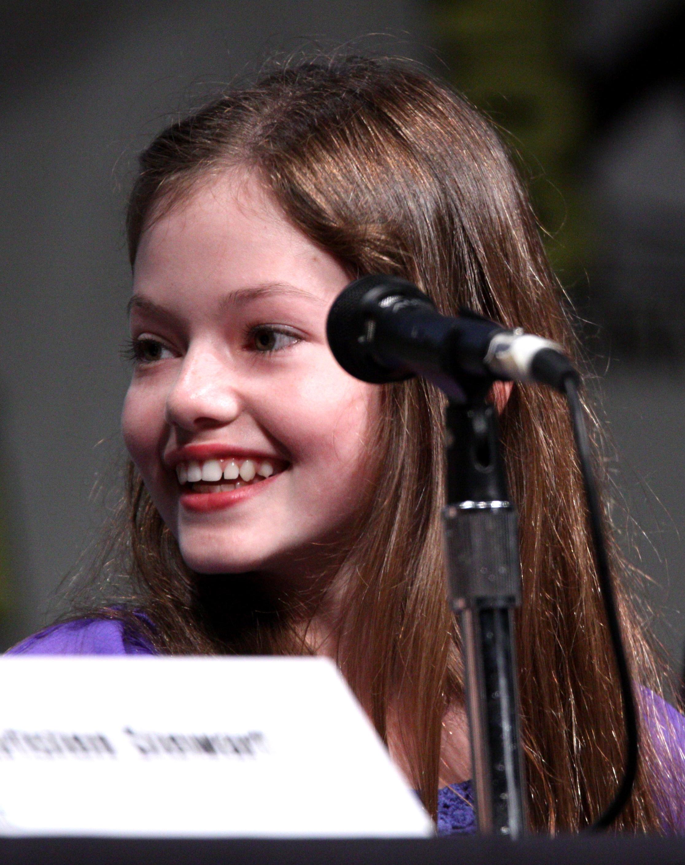 Mackenzie Foy   Wikiwand