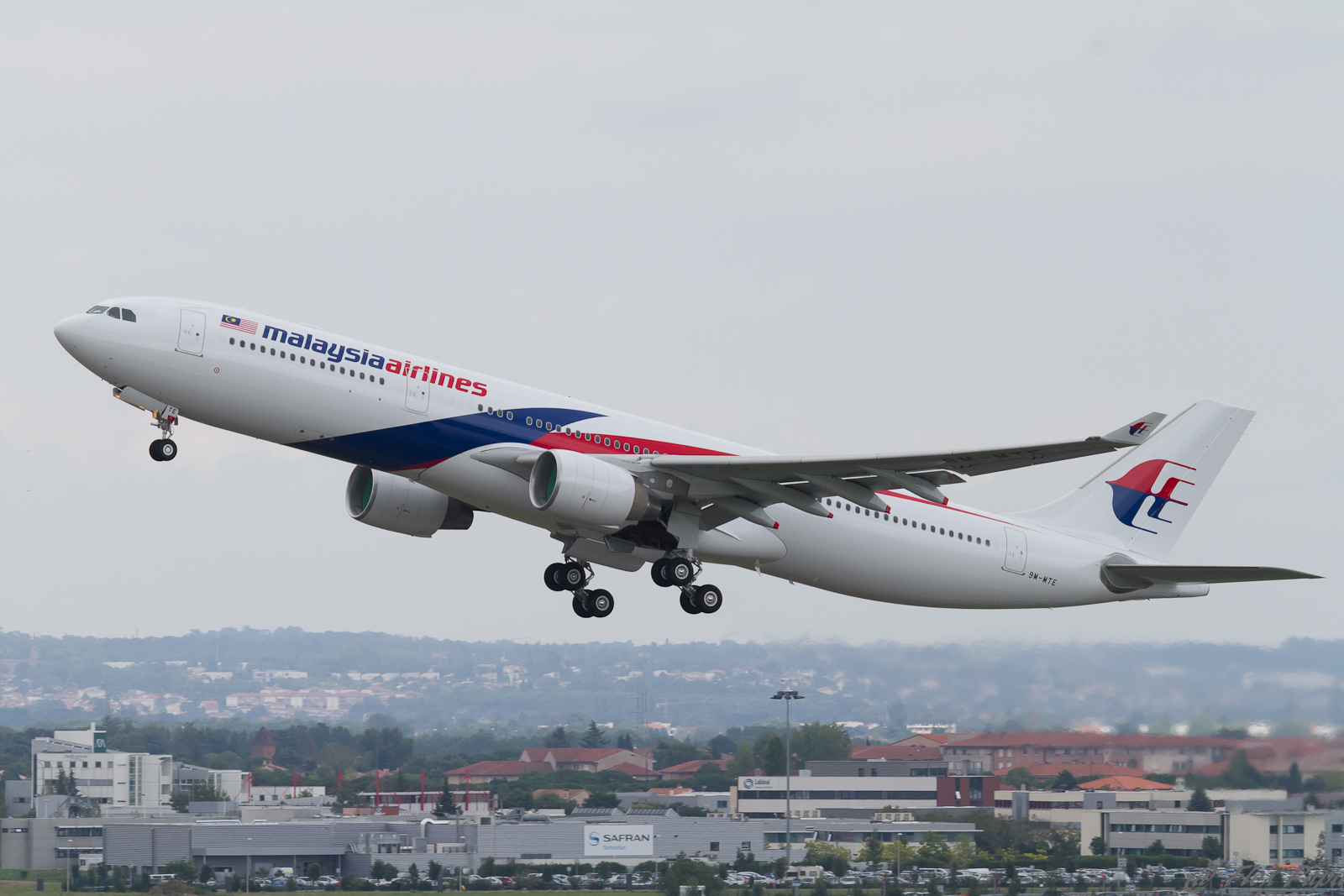 Download this Description Malaysia Airlines Airbus Msn Mte Wwyp picture