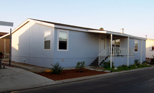 File:Mobile home.jpg - Wikimedia Commons