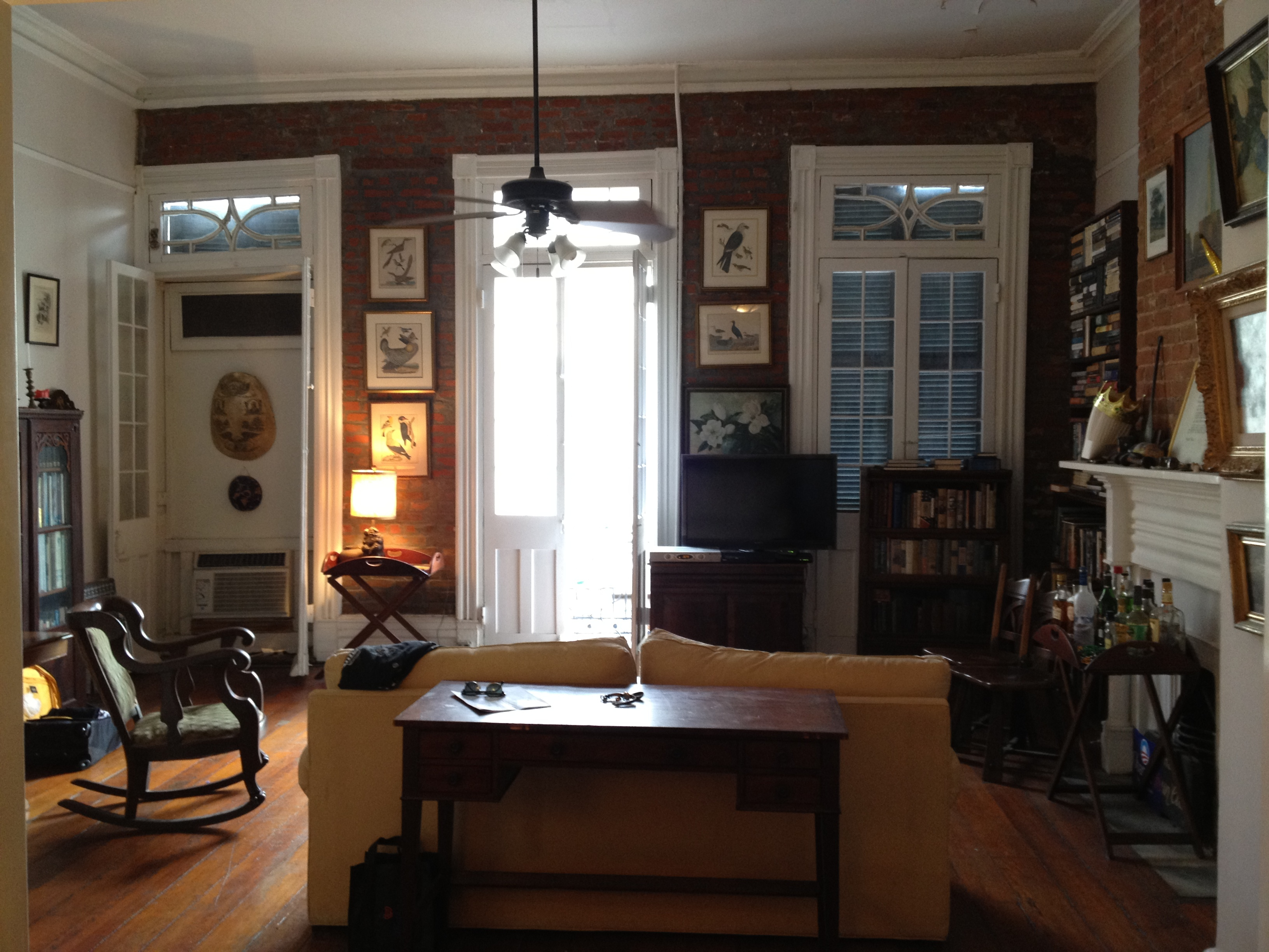orleans french quarter apartment living room wikimedia commons