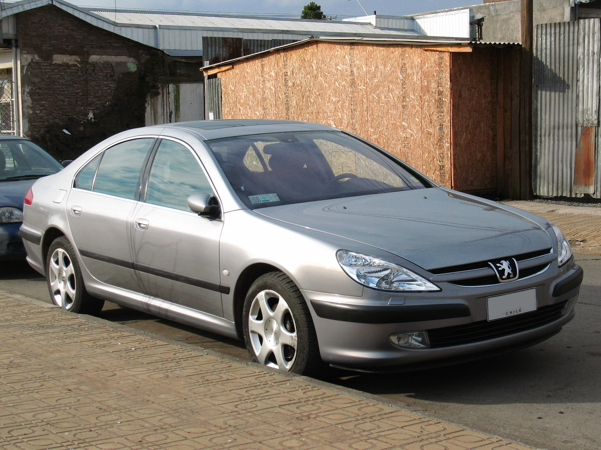 File:Peugeot 607 3.0 Ebene 2004 (10093450233).jpg