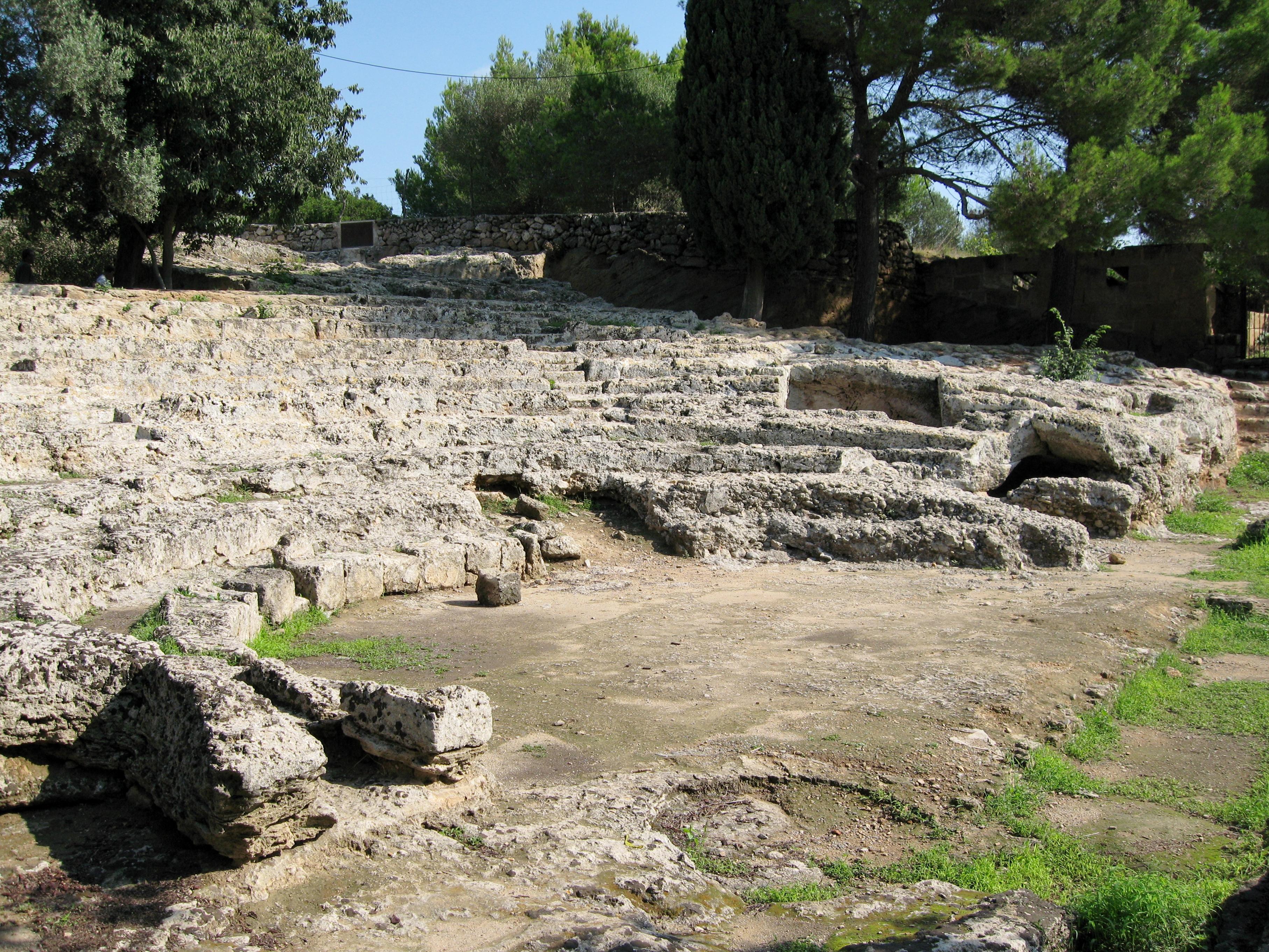 Antikes Theater von Pollentia