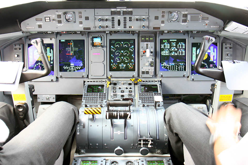 Majestic Dash 8 or Bae 146? - General Discussion - no