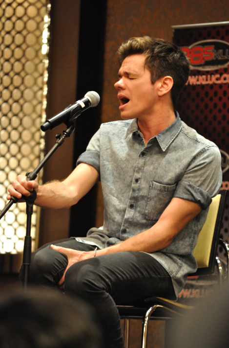 Depiction of Nate Ruess