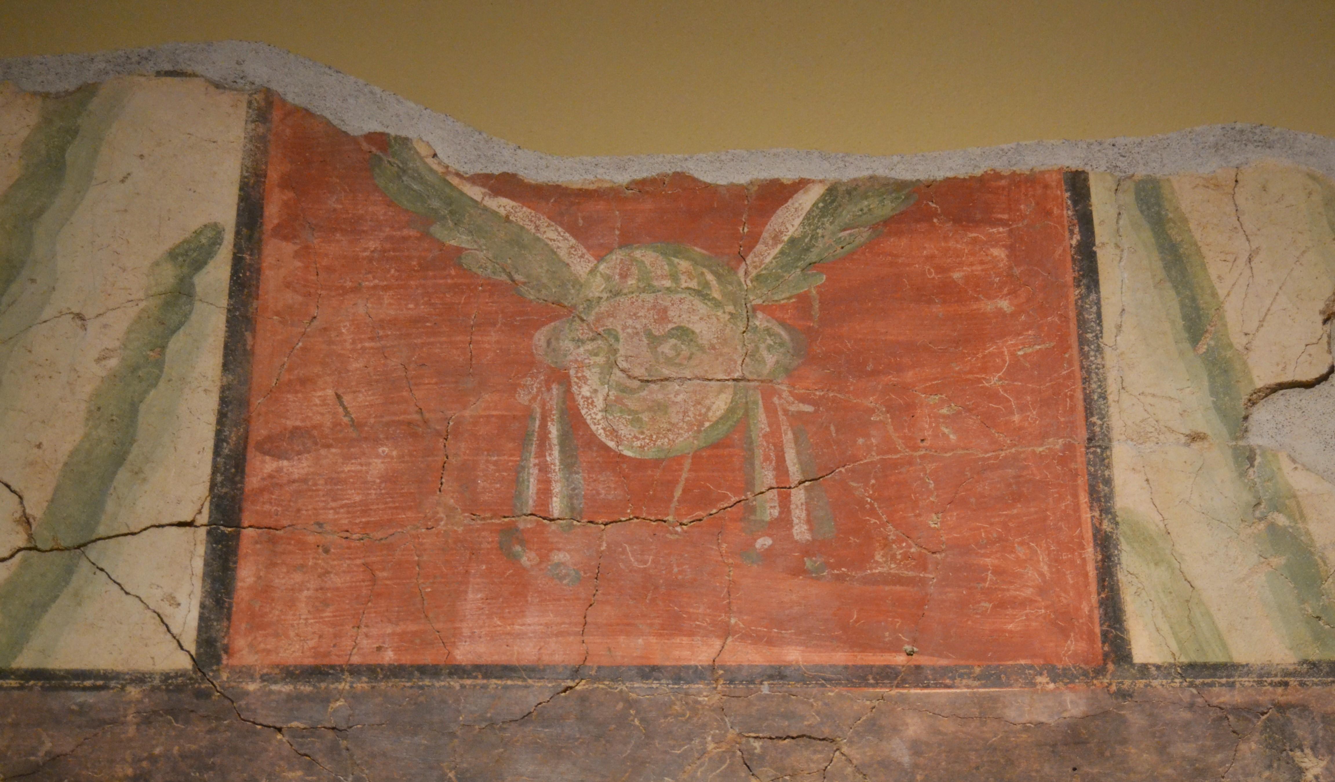 File Socol De Pintura Mural Romana Amb El Deu Mercuri Cripta De La
