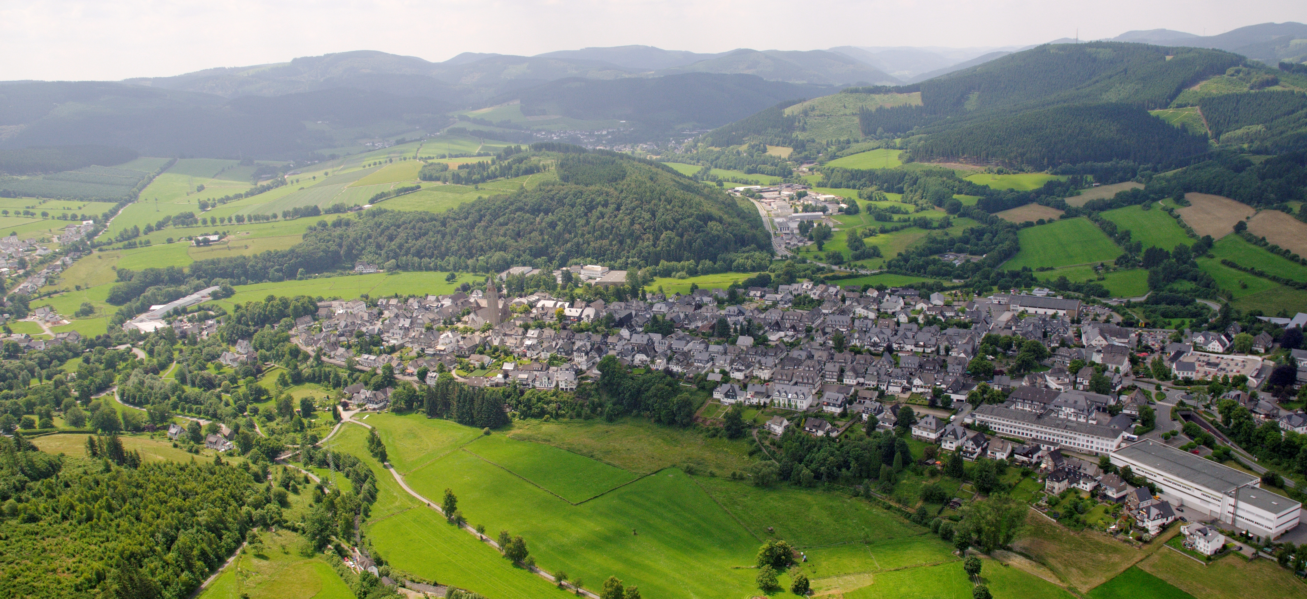 Schmallenberg Germany  City new picture : Schmallenberg Sauerland Ost 214 pk Wikimedia Commons