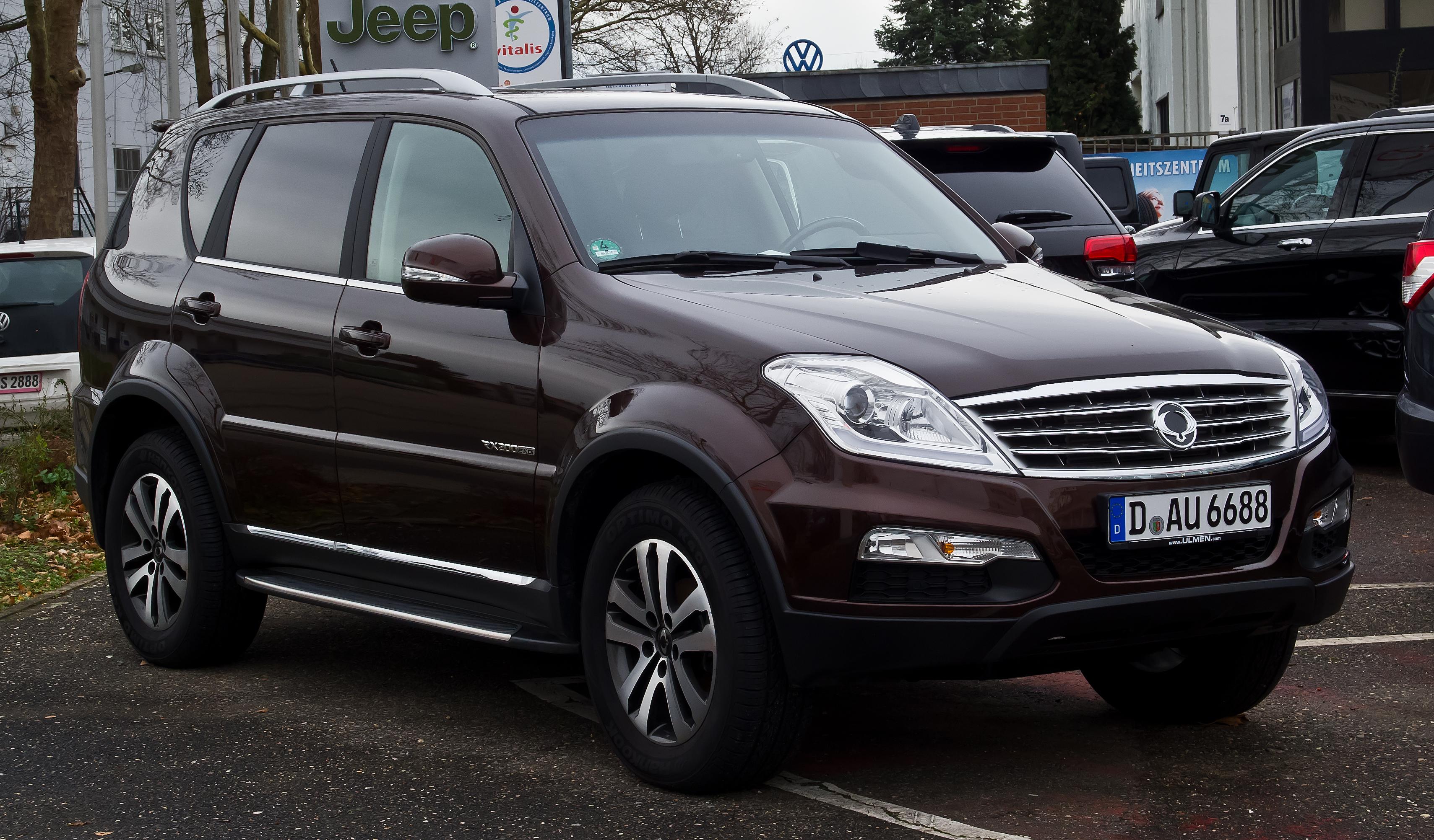 Rexton Car Price
