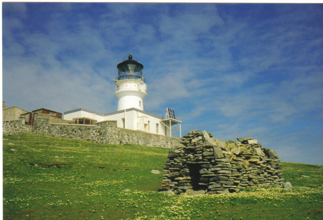 St. Flannan's Cell and Flannan Isles Lighthouse - geograph.org.uk - 623920