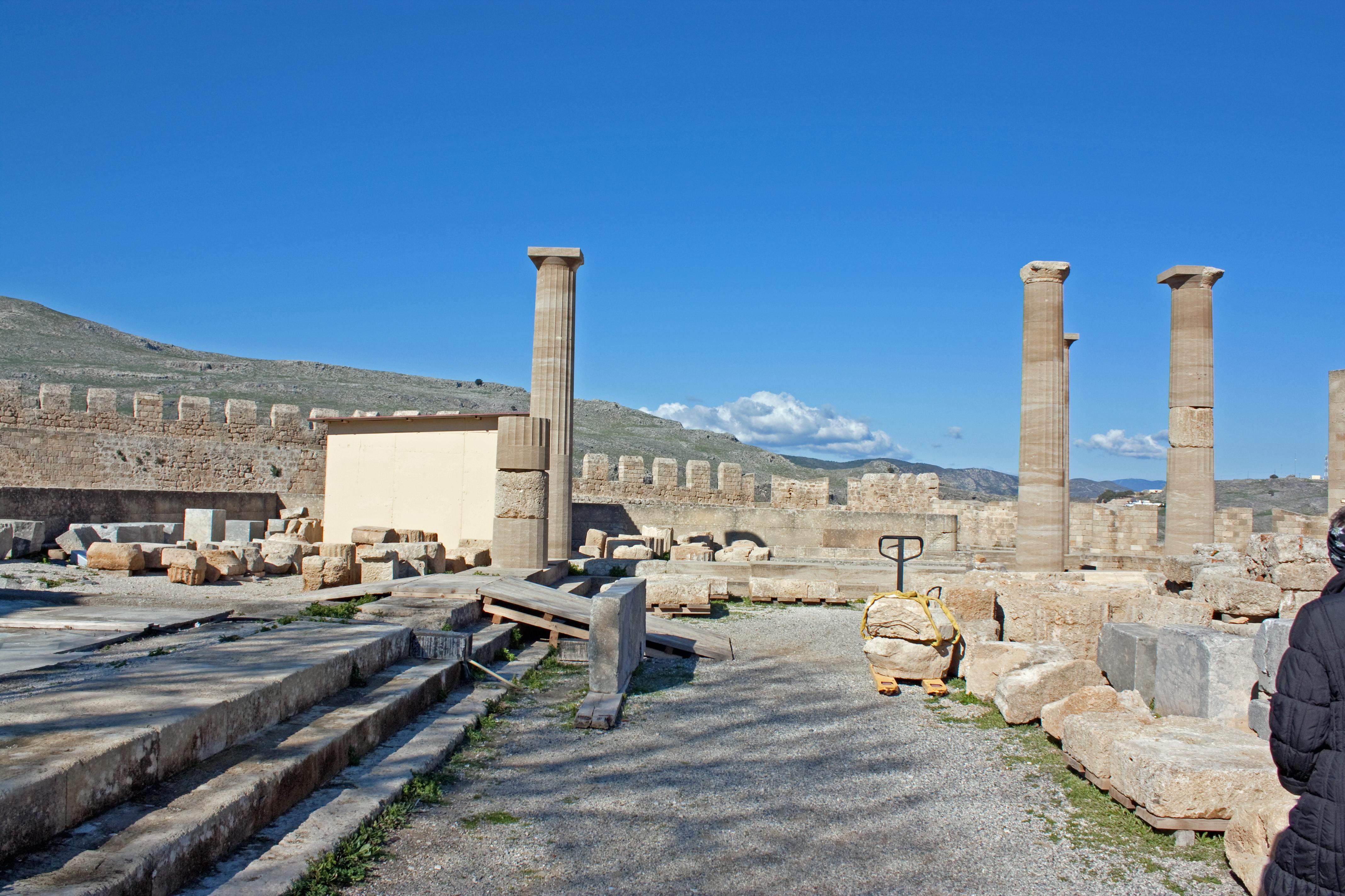 File:Stoa on acropolis of Lindos 2010 3.jpg