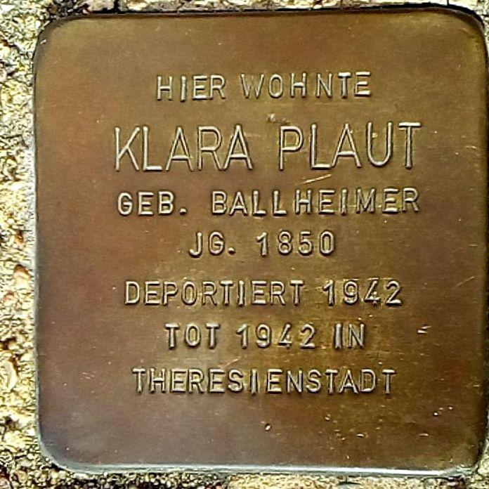 Stolperstein Klara Plaut in Uelzen.jpg