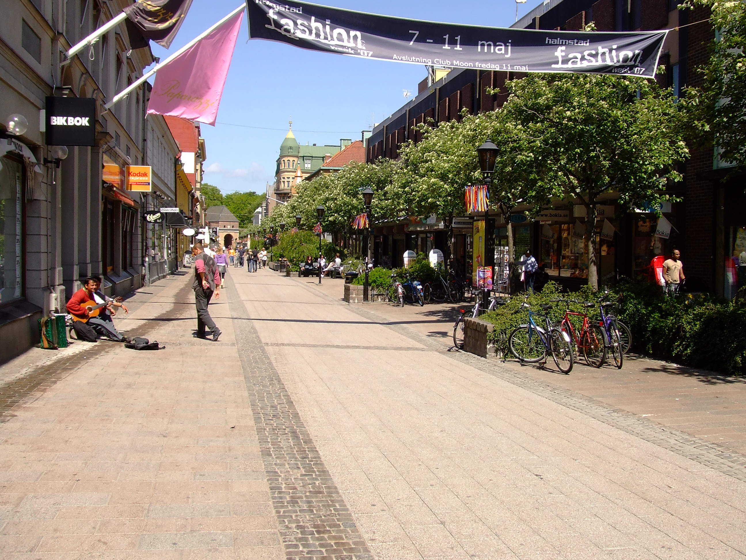 File:Storgatan, Halmstad.JPG - Wikitravel