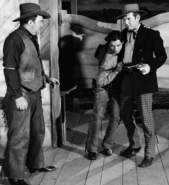 the outlaw 1943 full movie download