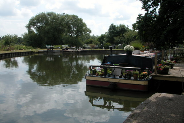 The River Avon at Pershore - geograph.org.uk - 305993
