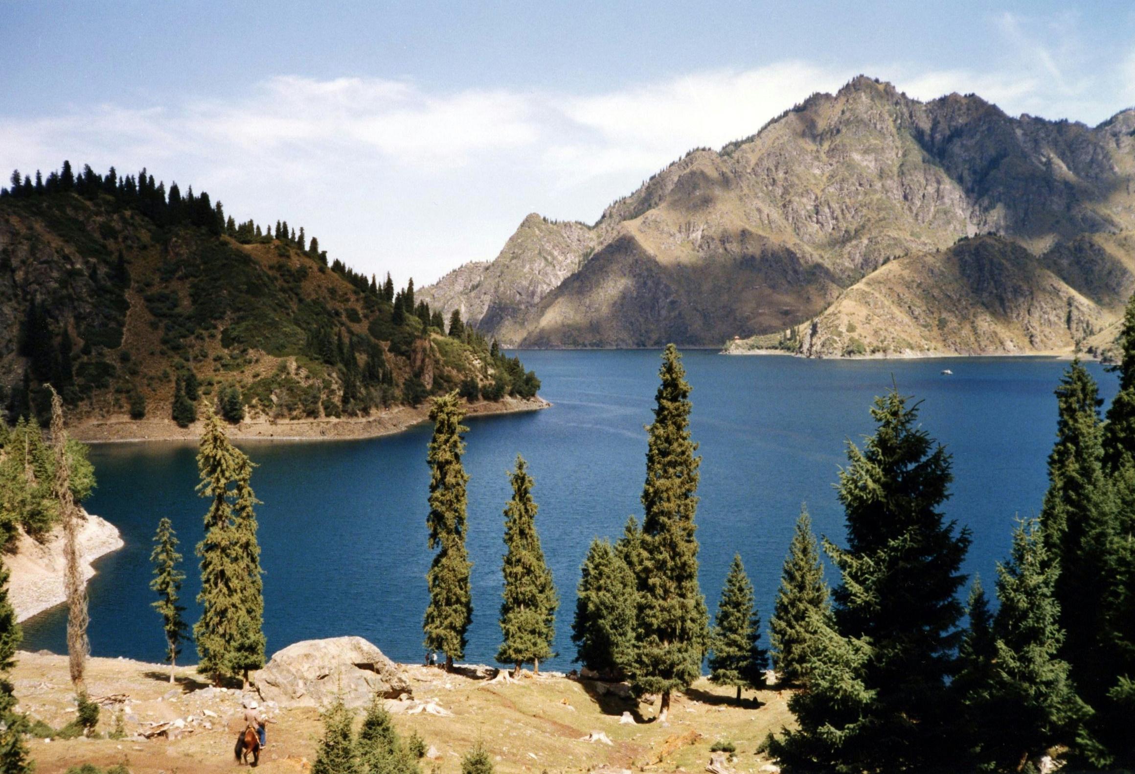 Tianchi lake.