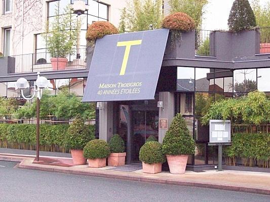 Troisgros family wikipedia for A la maison restaurant