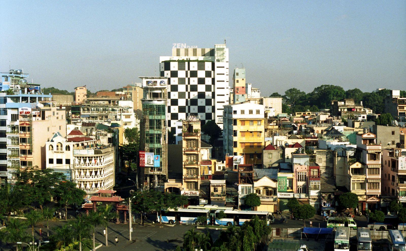 File vue urbaine ho chi minh ville wikimedia - Piscine ho chi minh ville ...