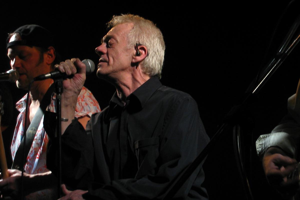 Mike harrison musician wikipedia for The harrison