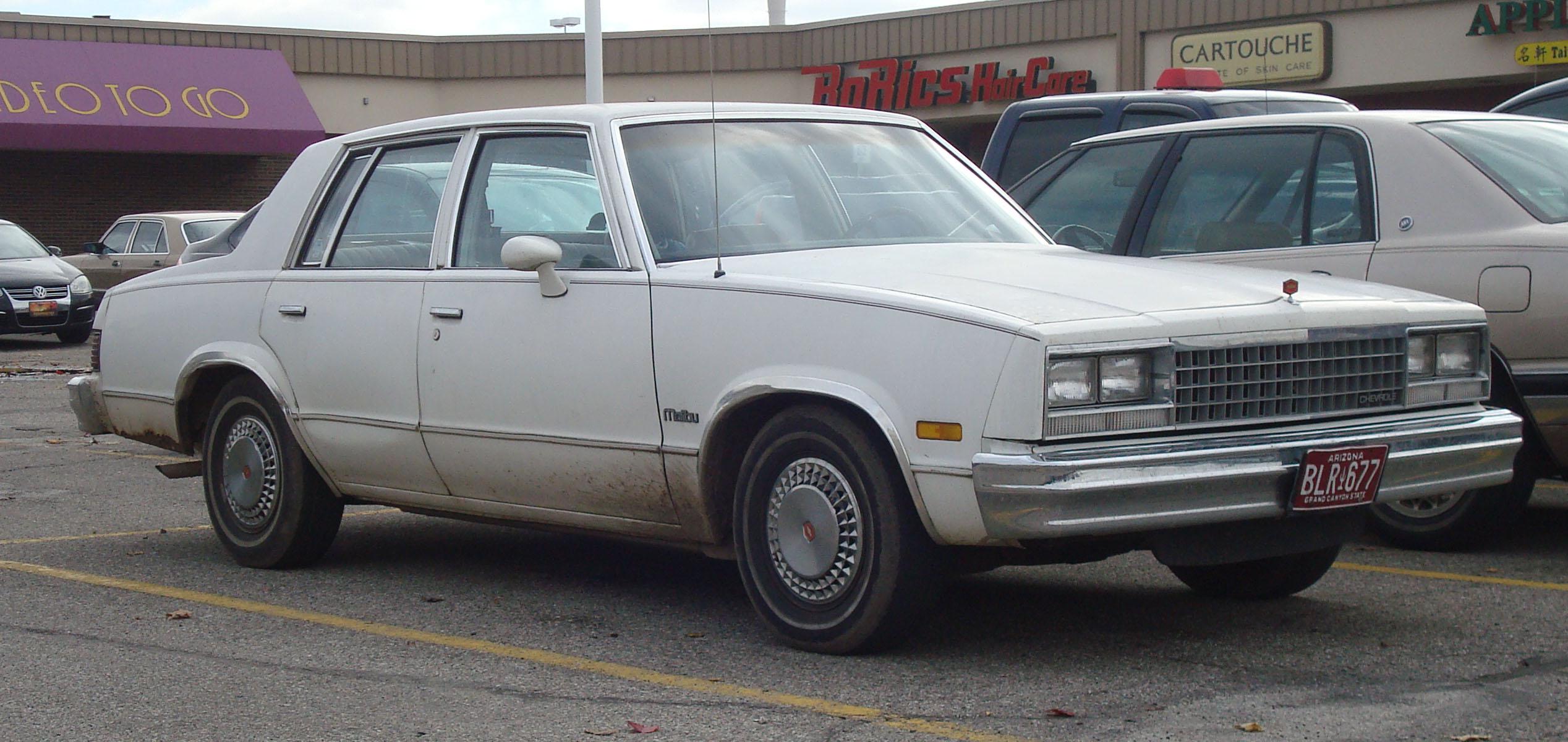 1983_Chevrolet_Malibu.jpg