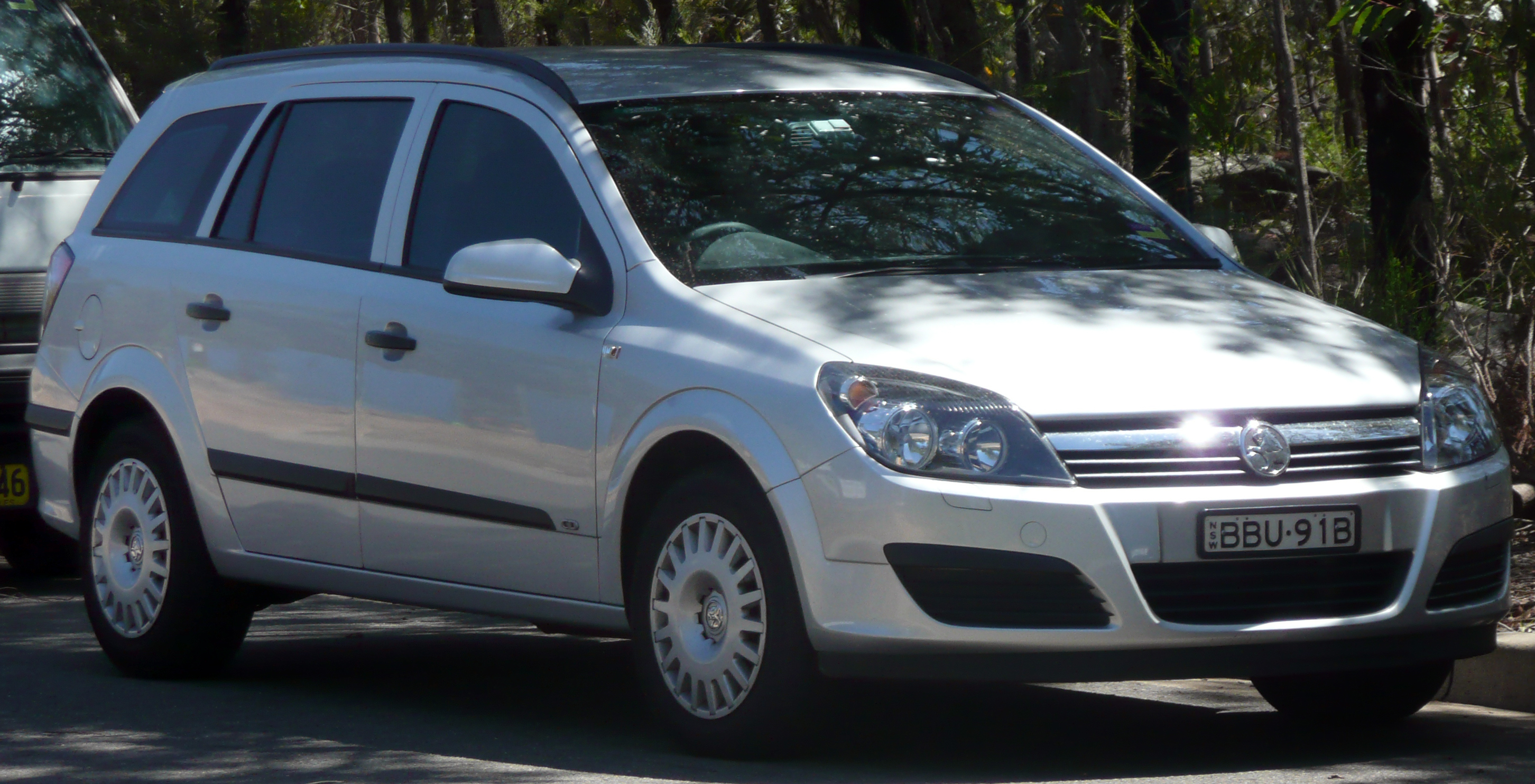 Workshop Description 2005-2007 Holden Astra (AH) CD station wagon (2009-01