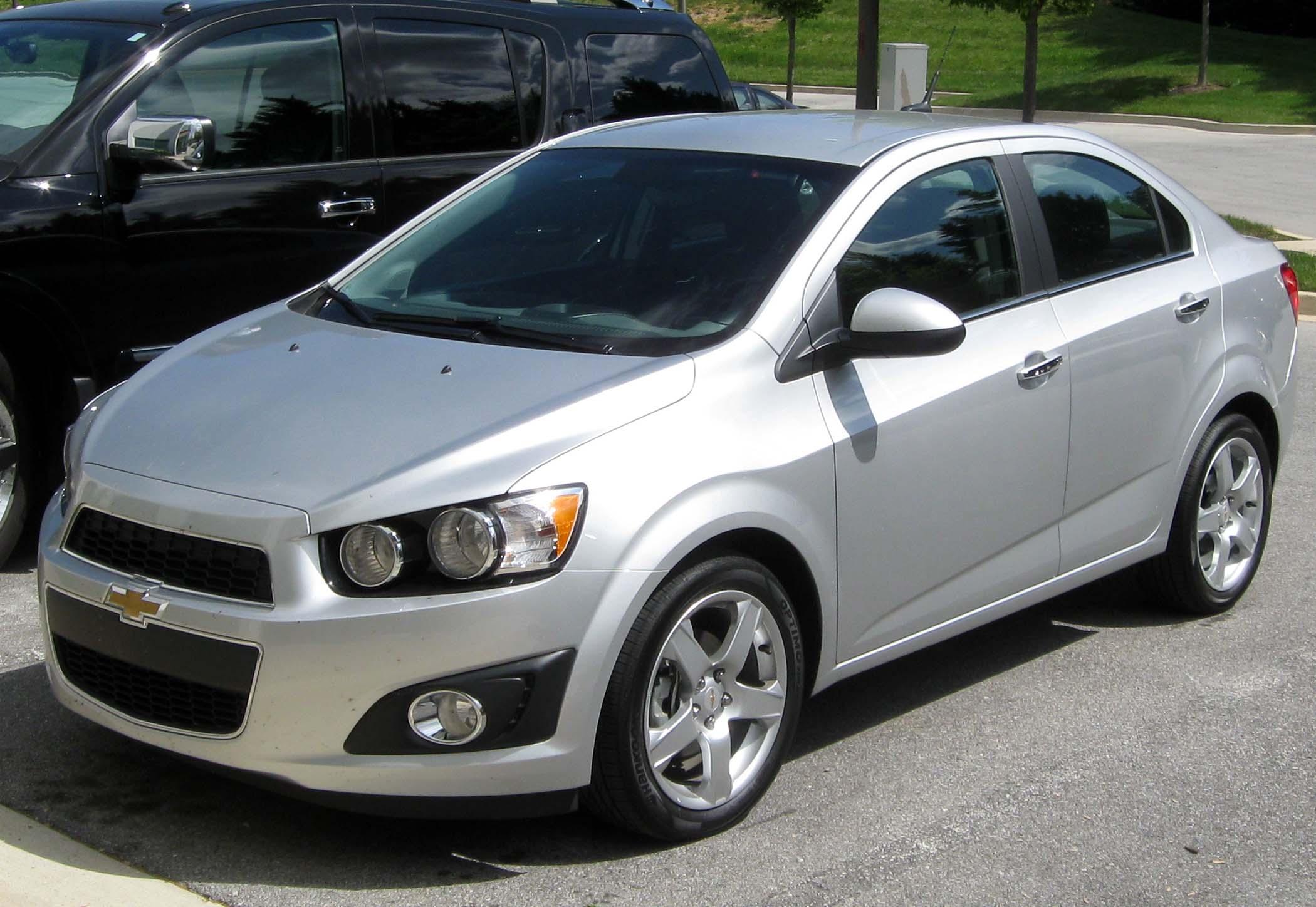 File:2012 Chevrolet Sonic LTZ sedan front -- 04-09-2012 ...