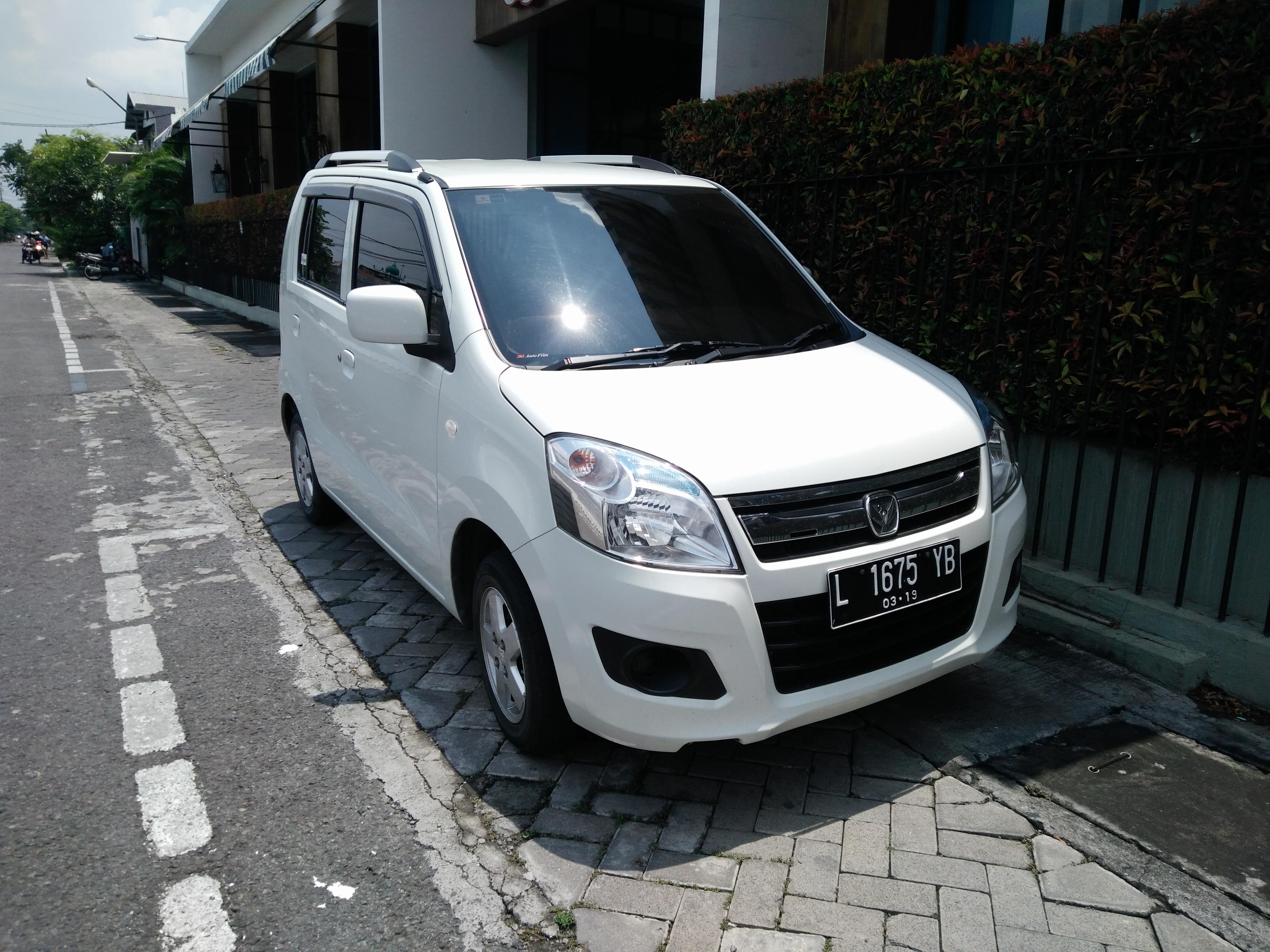 File:2014 Suzuki Karimun Wagon R GX (front), East Surabaya.jpg - Wikimedia Commons