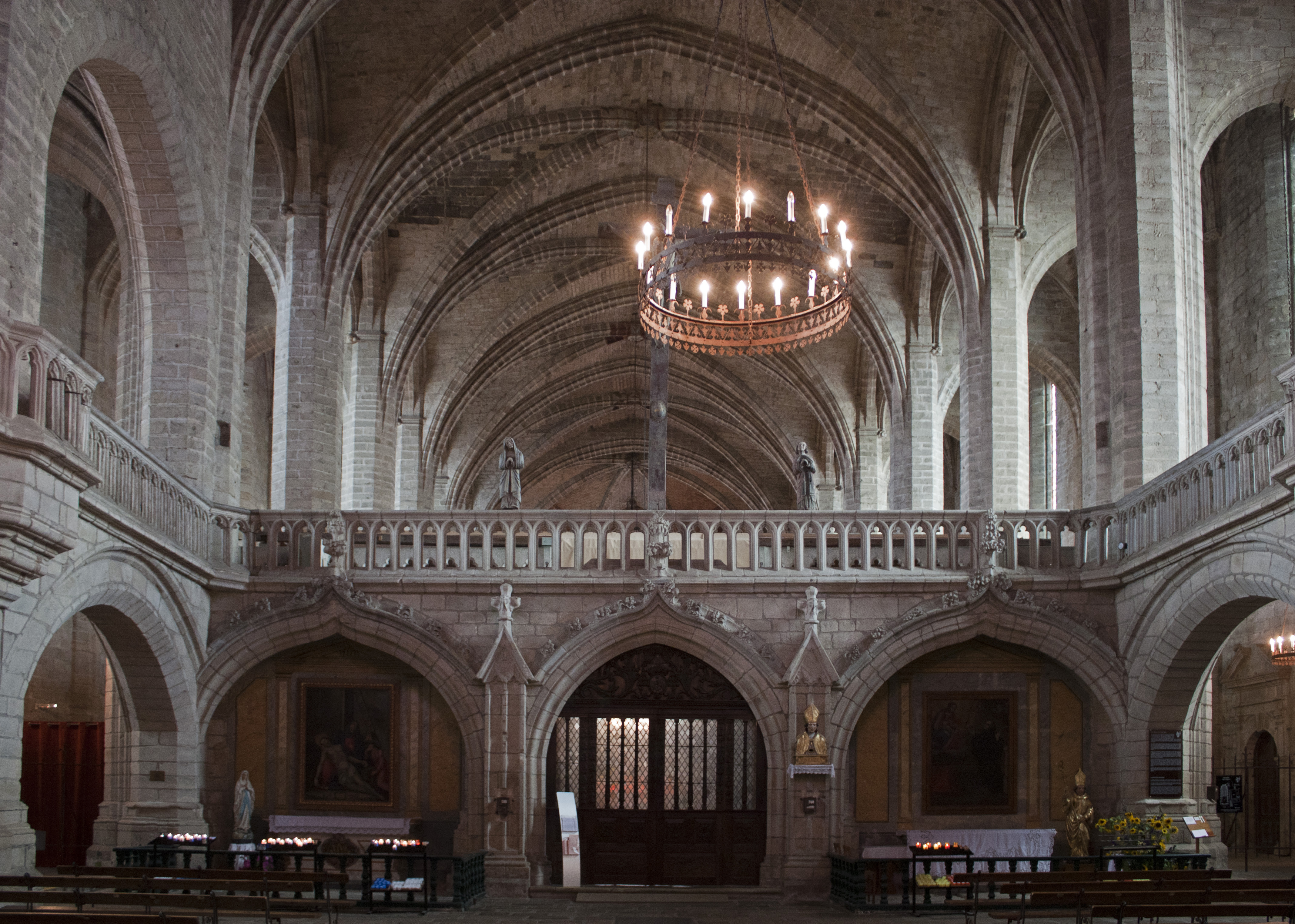 file abbaye saint robert de la chaise dieu jub wikimedia commons. Black Bedroom Furniture Sets. Home Design Ideas