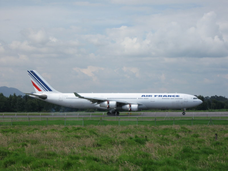 file airfrance a340 wikimedia commons. Black Bedroom Furniture Sets. Home Design Ideas