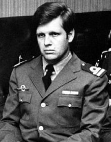 Alfredo Astiz Argentine intelligence officer