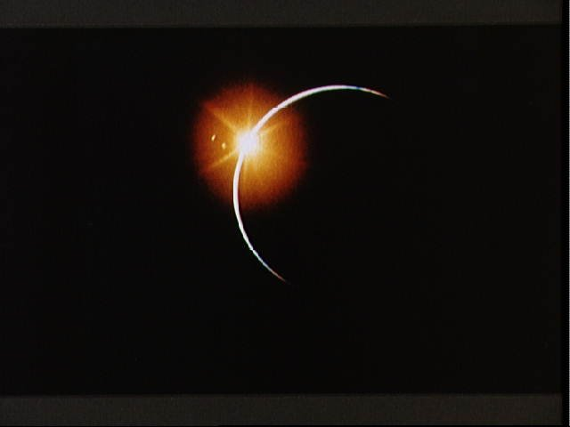 File:Apollo 12 view of Solar Eclipse (5052129615).jpg