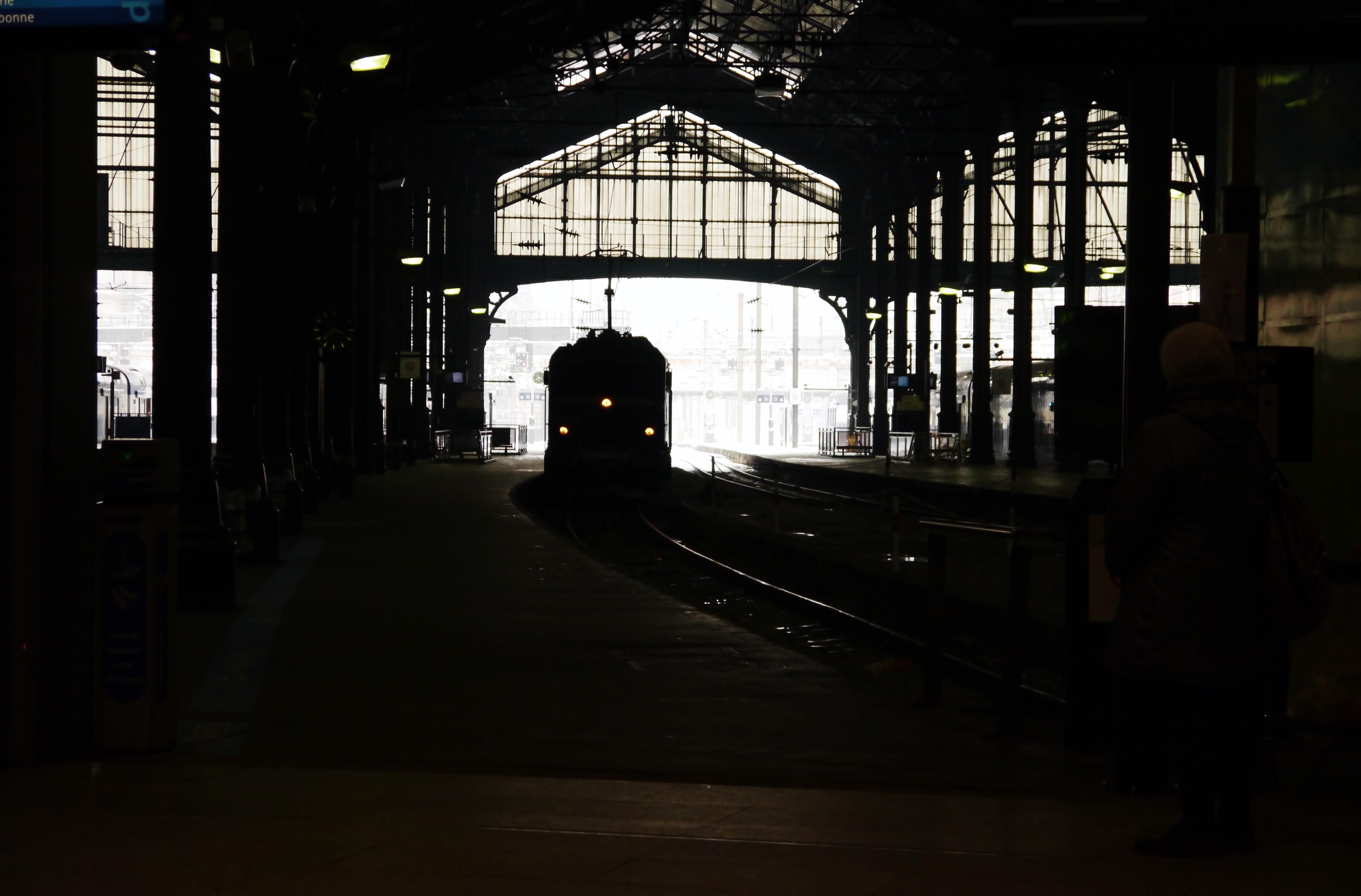 Arriv Ef Bf Bde Trains Gare Nice Ville Tgv