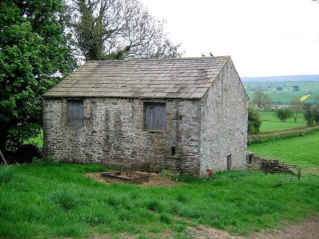 Barn adjacent to Low Wood Lane - geograph.org.uk - 806528