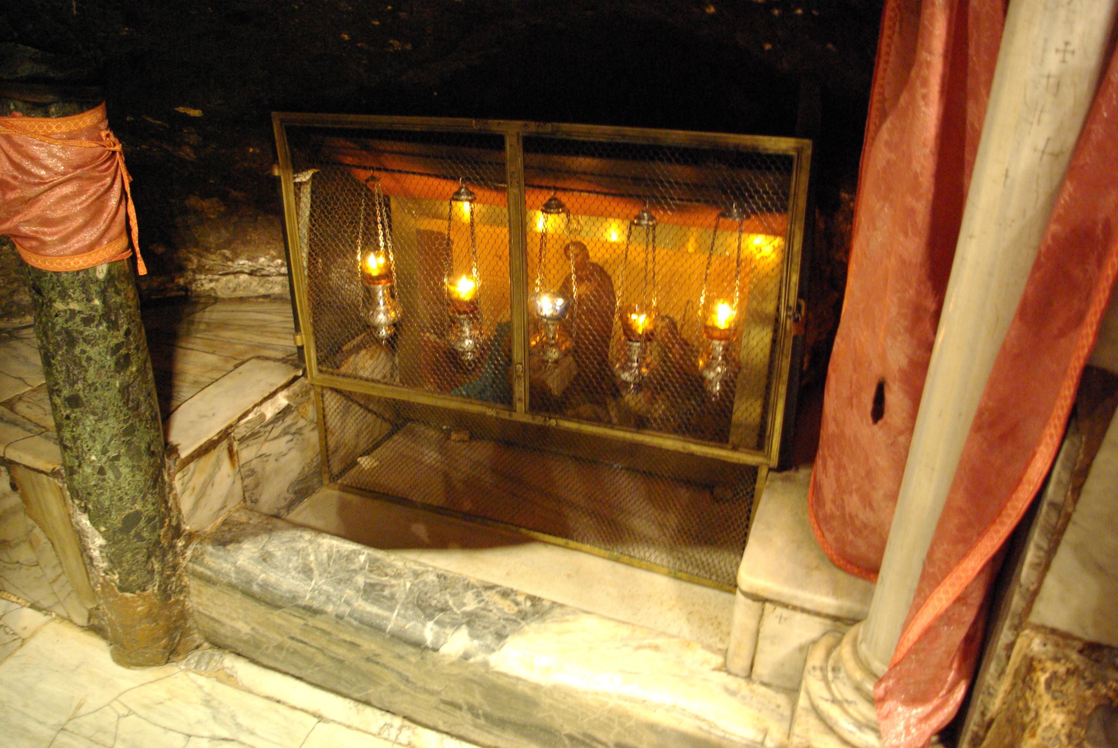 Картинки по запросу Вифлеем - храм Рождества Христова ясли