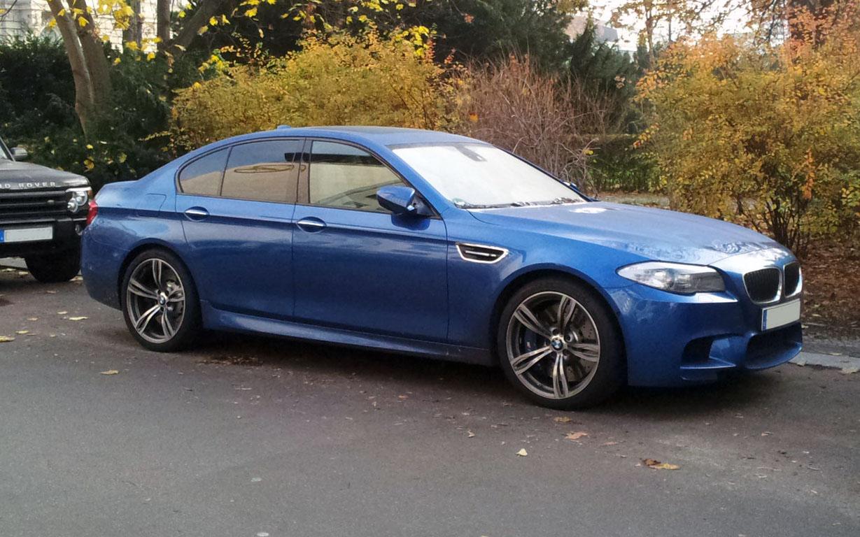 5 Series Bmw Rims File:Blue BMW M5 (F10) fr.jpg - Wikimedia Commons