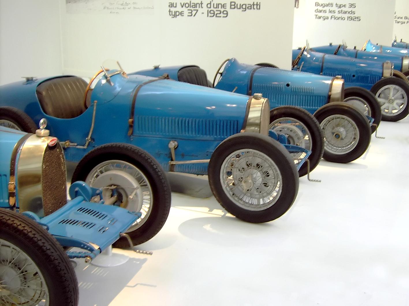 BugattiRacingCars.jpg