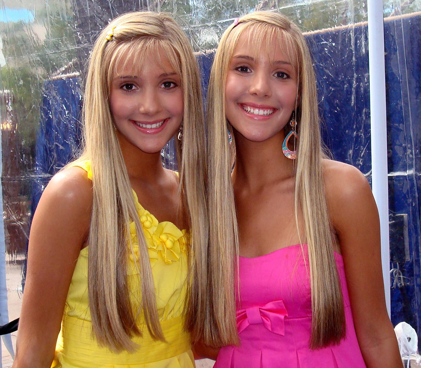 Google und Bing finden folgende Bilder zu Camilla und Rebecca Rosso