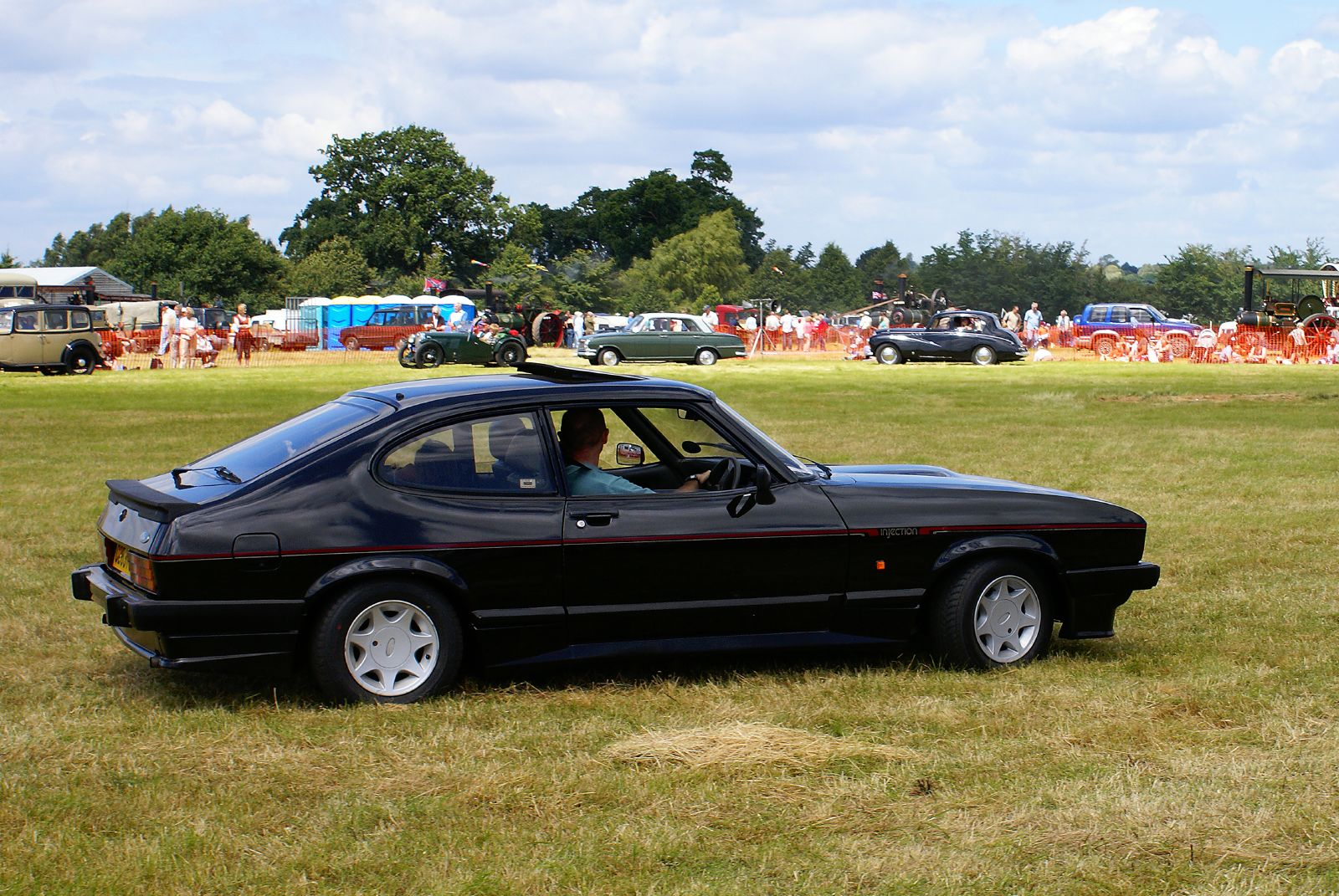 file cassic ford capri 2620594517     wikimedia commons