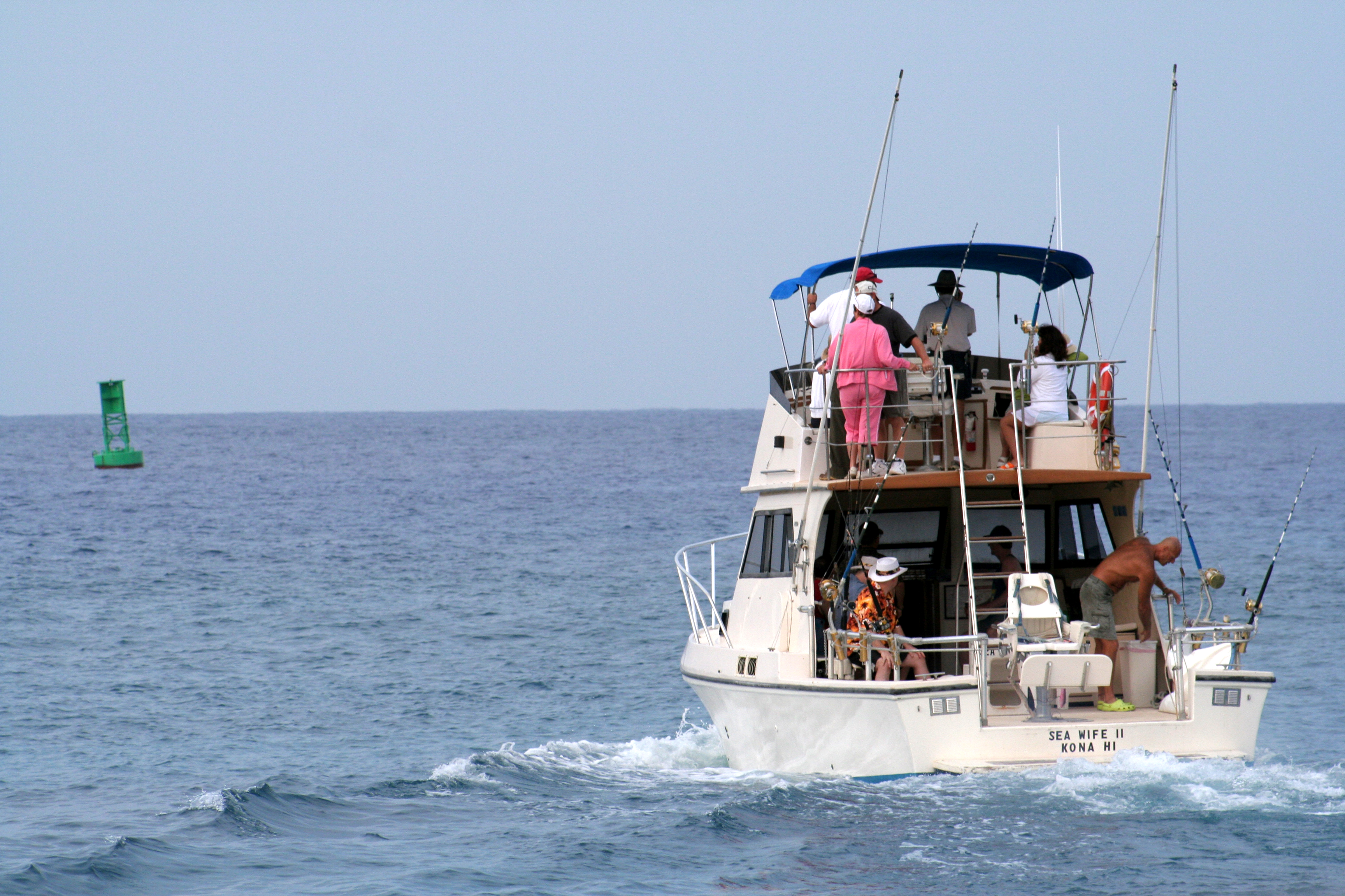 Local marine supplies experts have 3 beach activities to for Hawaii fishing charters