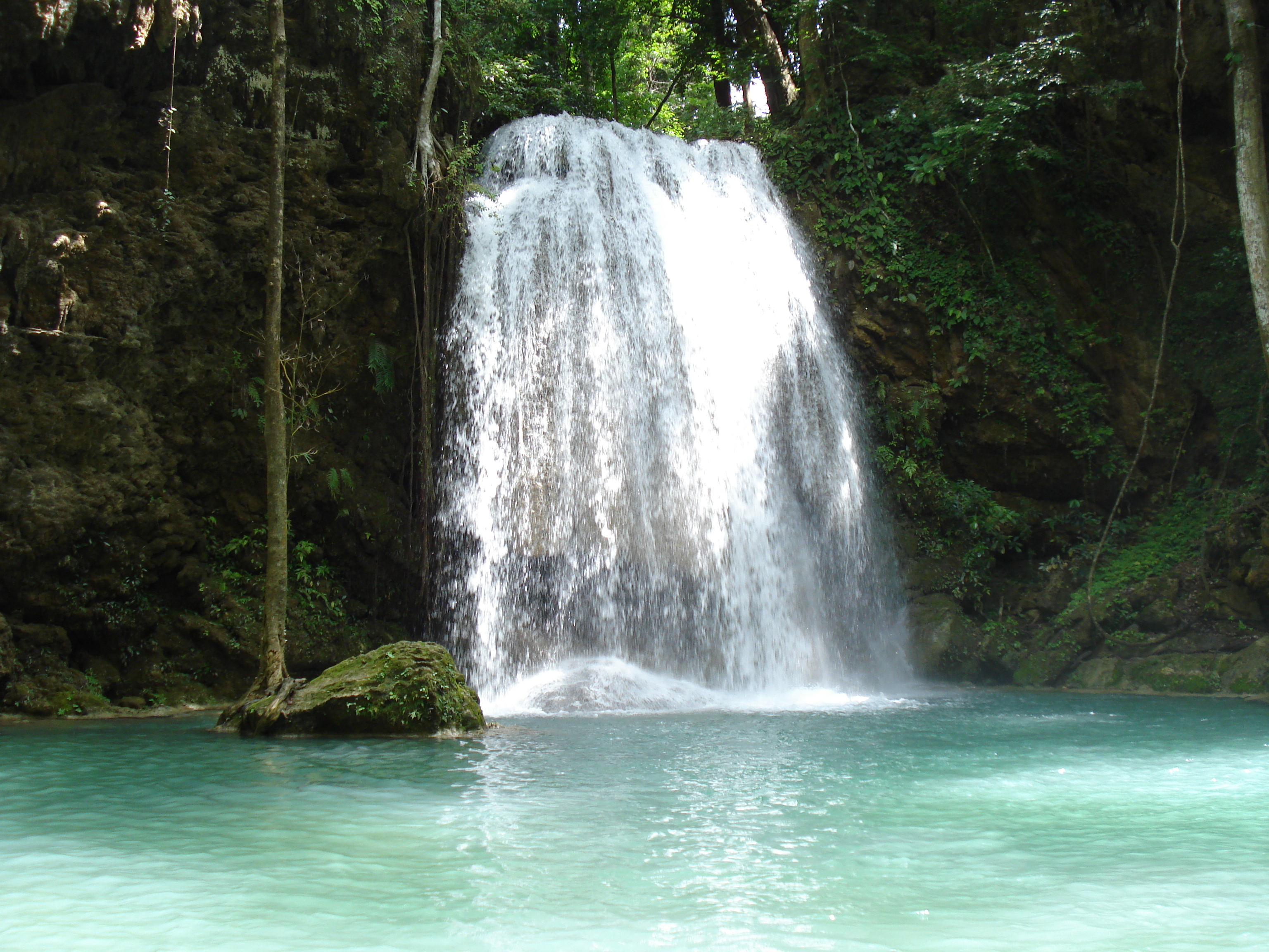 Description erawan waterfall jpg