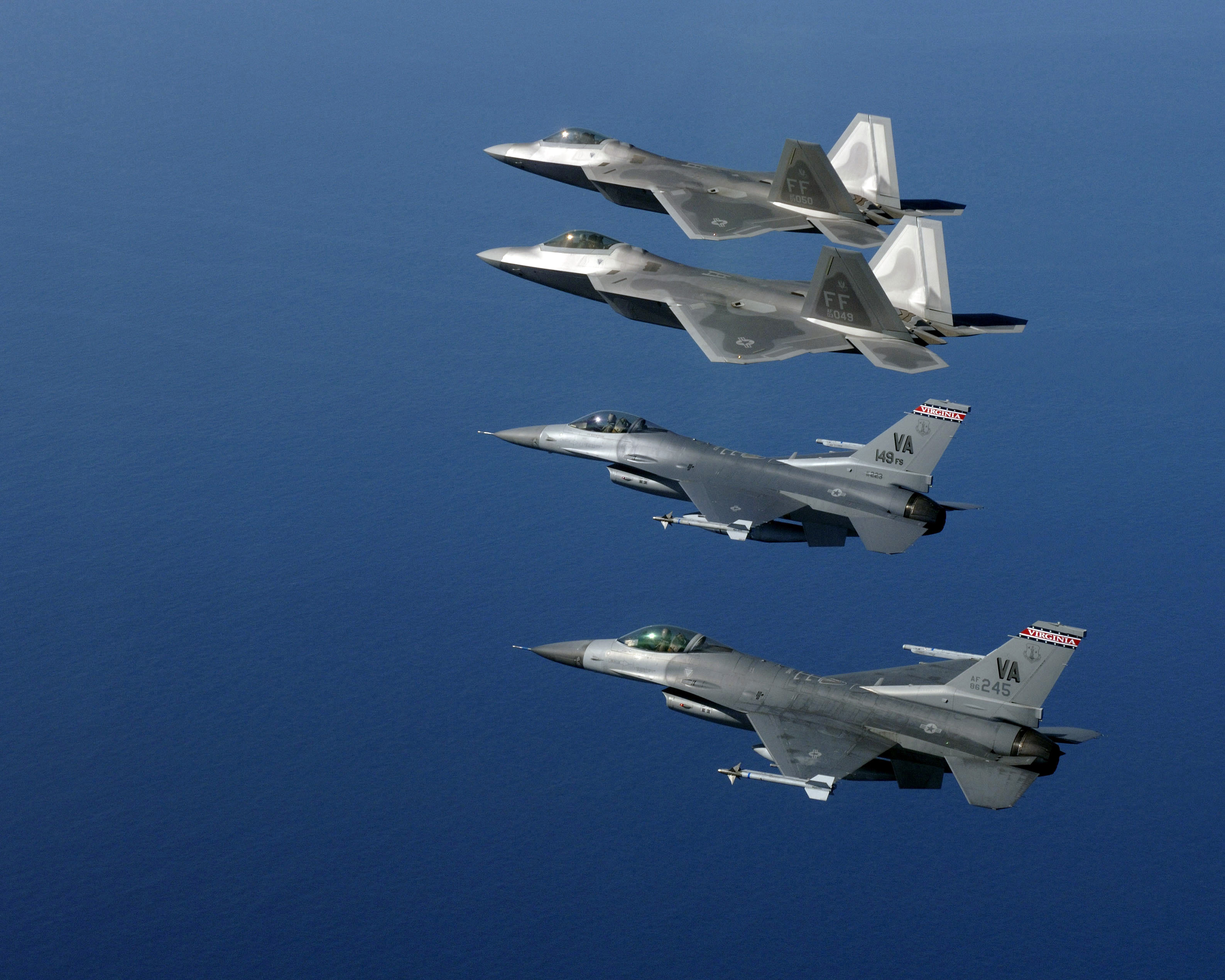 File:F-22As with Virginia ANG F-16Cs 2006.JPEG - Wikimedia ...