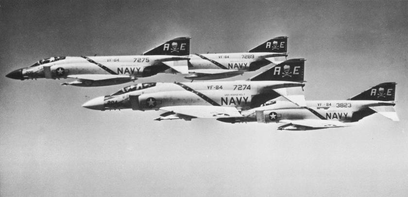 File F 4j Phantom Iis Of Vf 84 In Flight C1971 Jpg