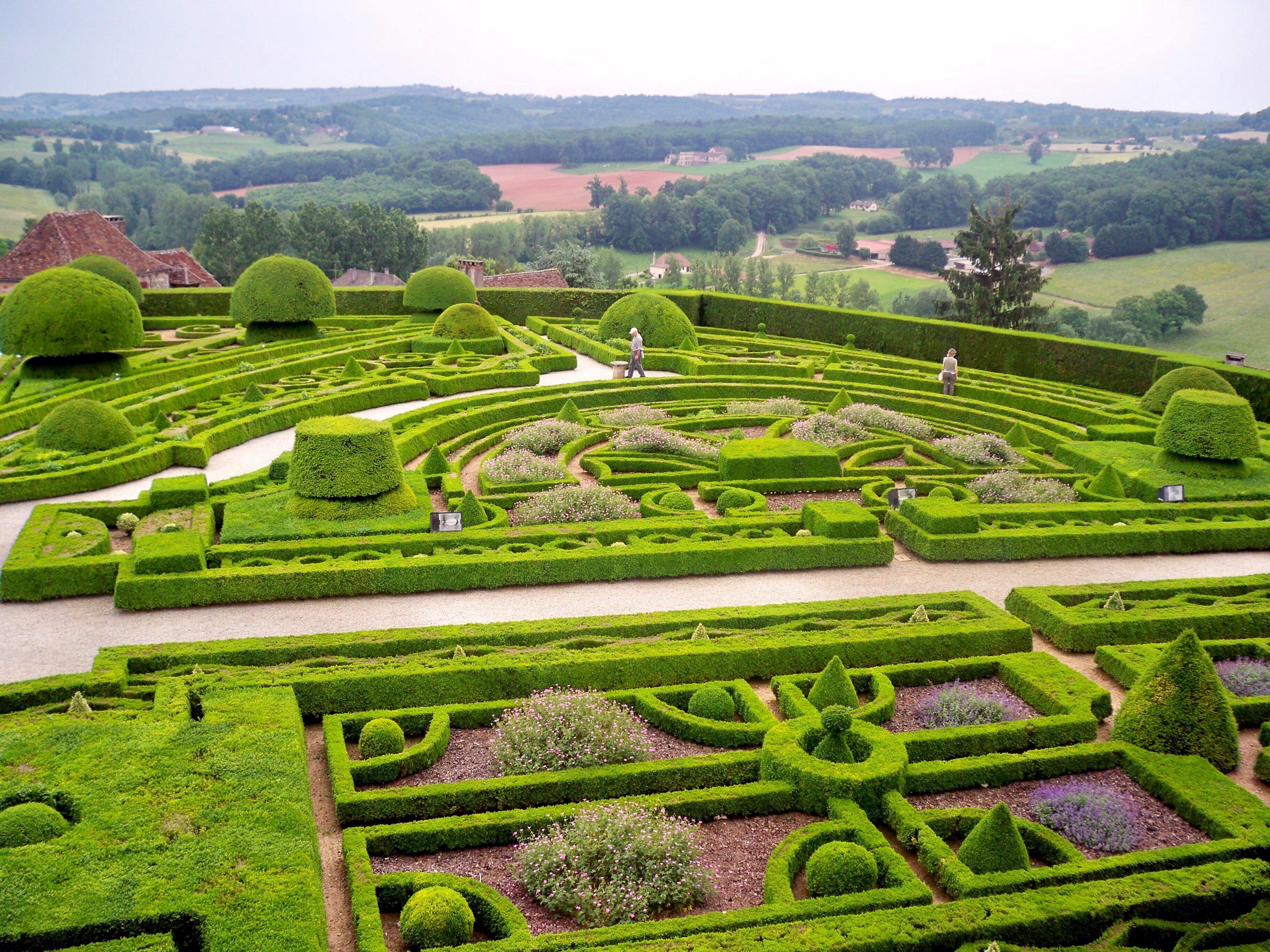File hautefort wikimedia commons for Histoire des jardins wikipedia