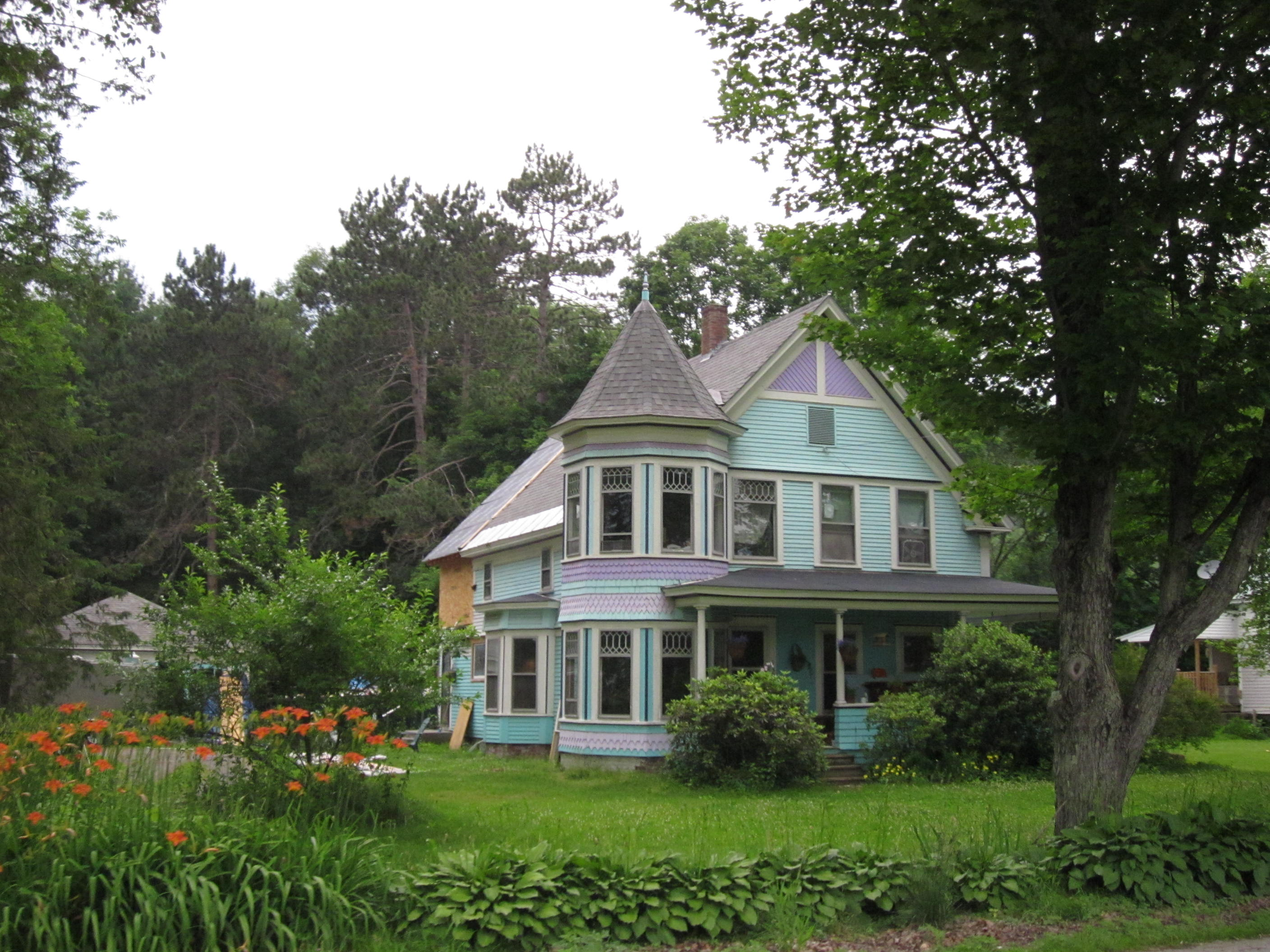 File house in fairlee wikimedia commons for Vermont home designs