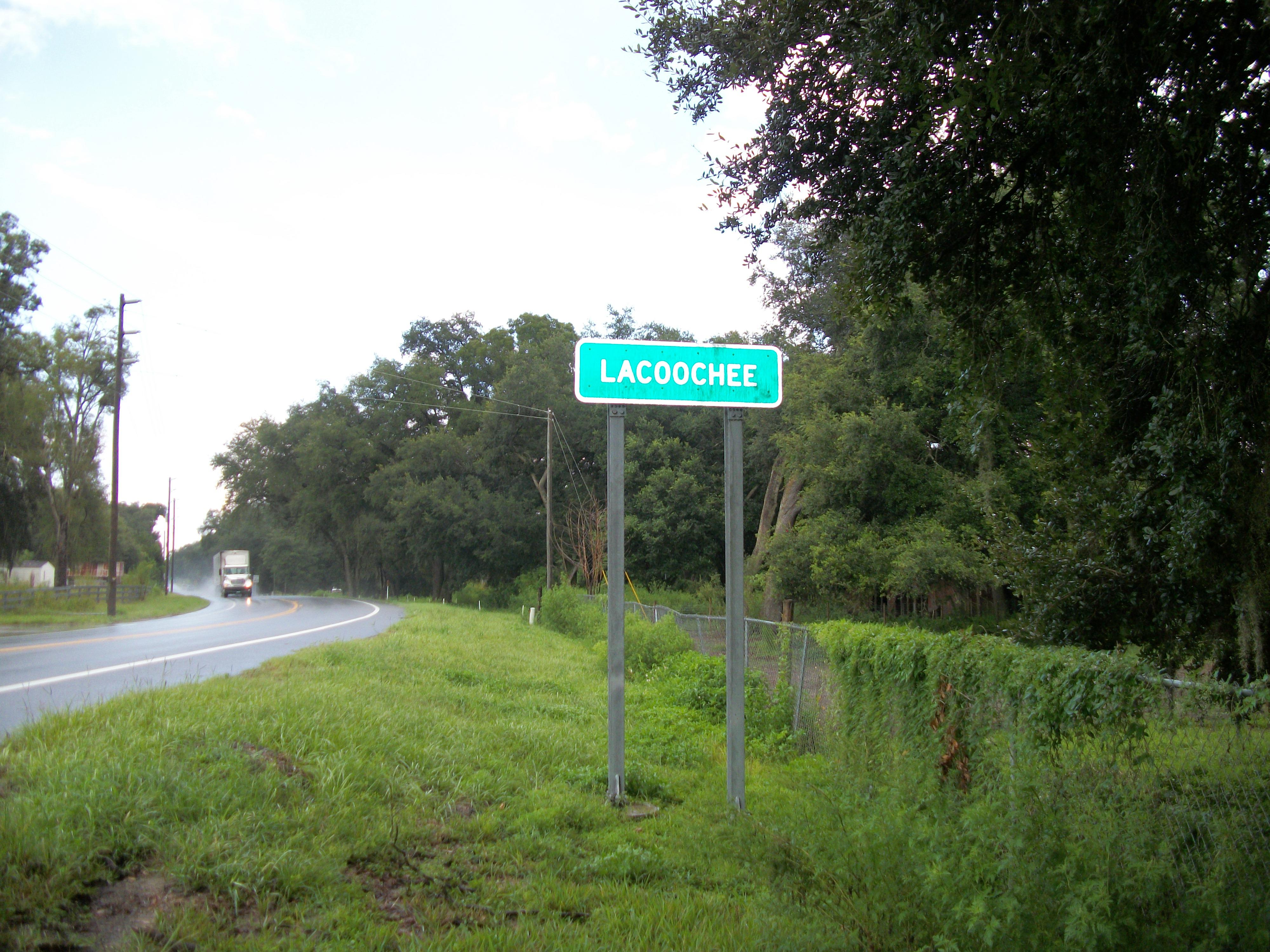 File Rosewood Florida Rc12409 Jpg: File:Lacoochee Sign On Florida SR 575.JPG