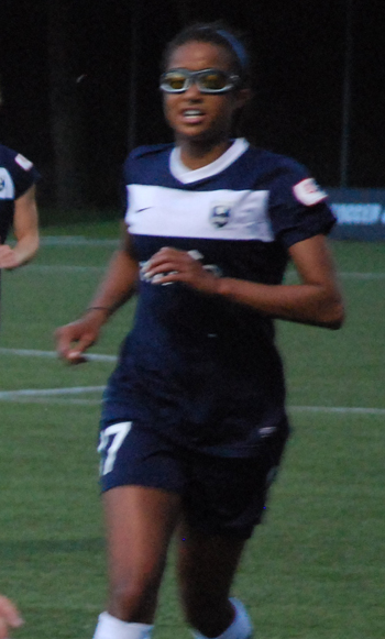 Women S Soccer Lindsay Taylor (...