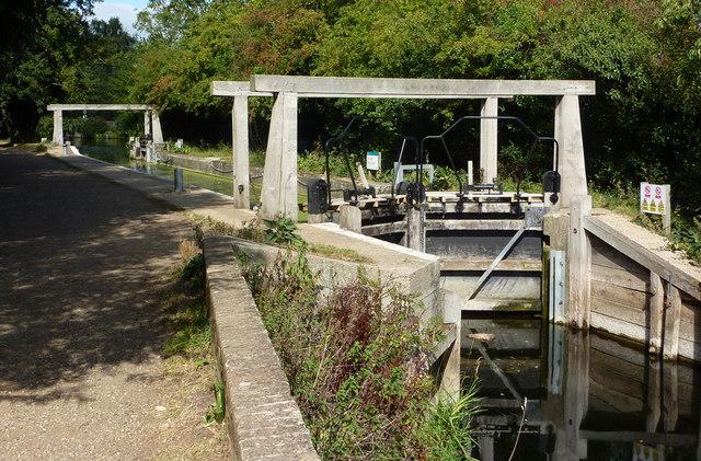 Lock near Flatford Mill - geograph.org.uk - 1481610