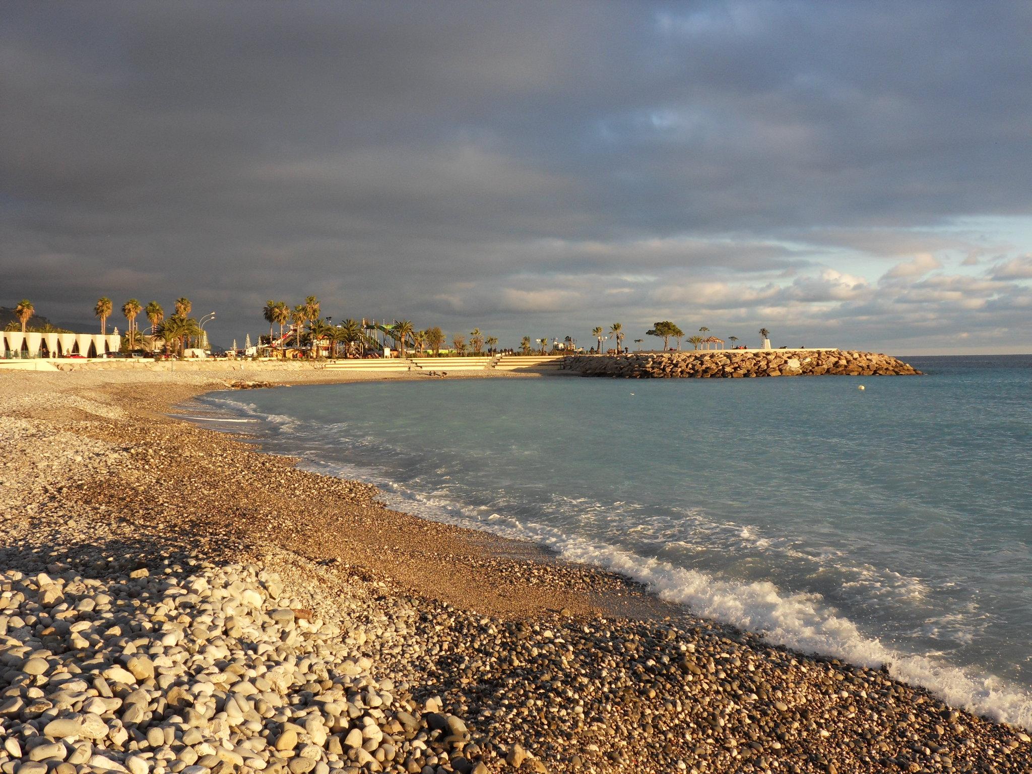 Пляж во франции фото