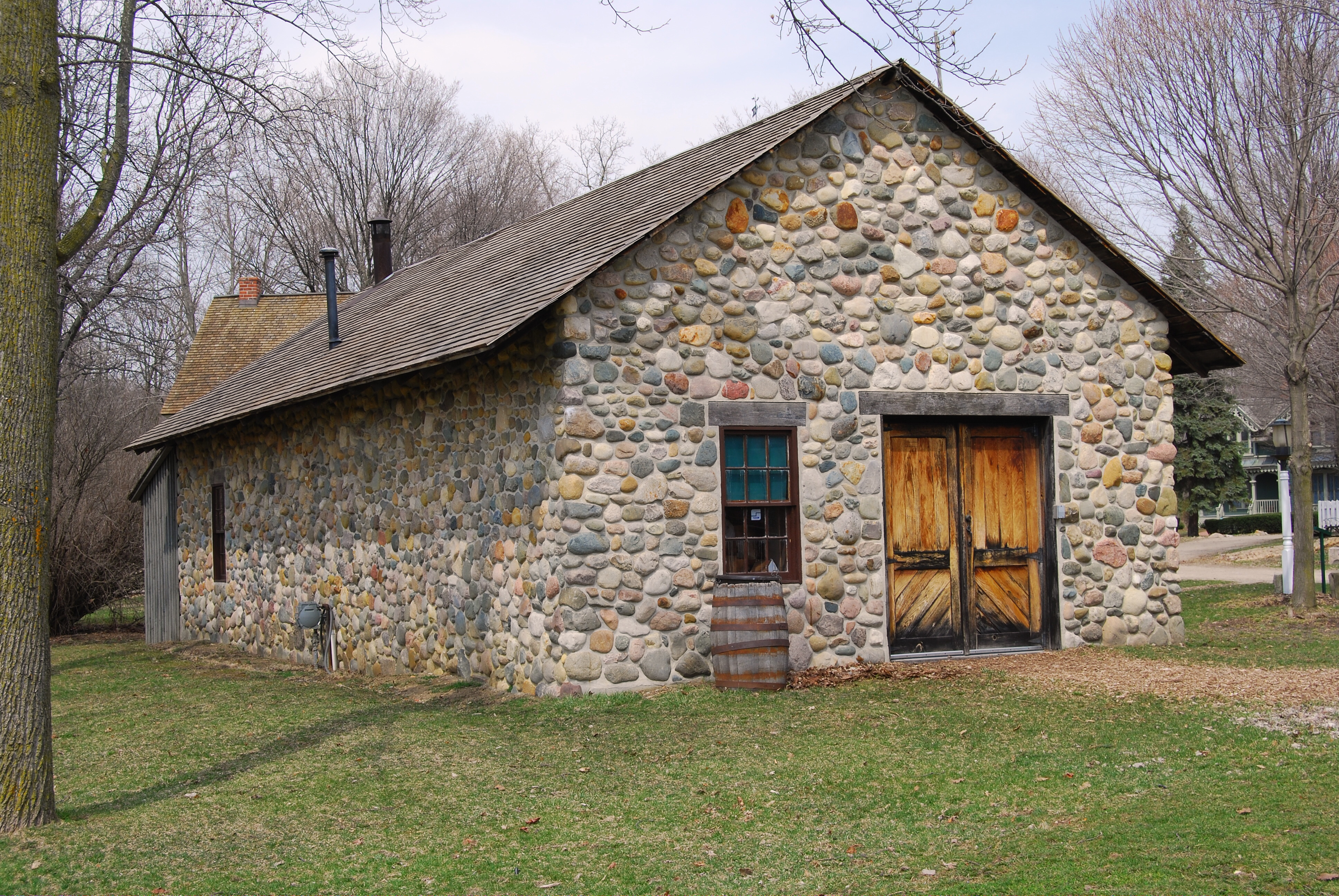 File wikimedia for Building a house in michigan